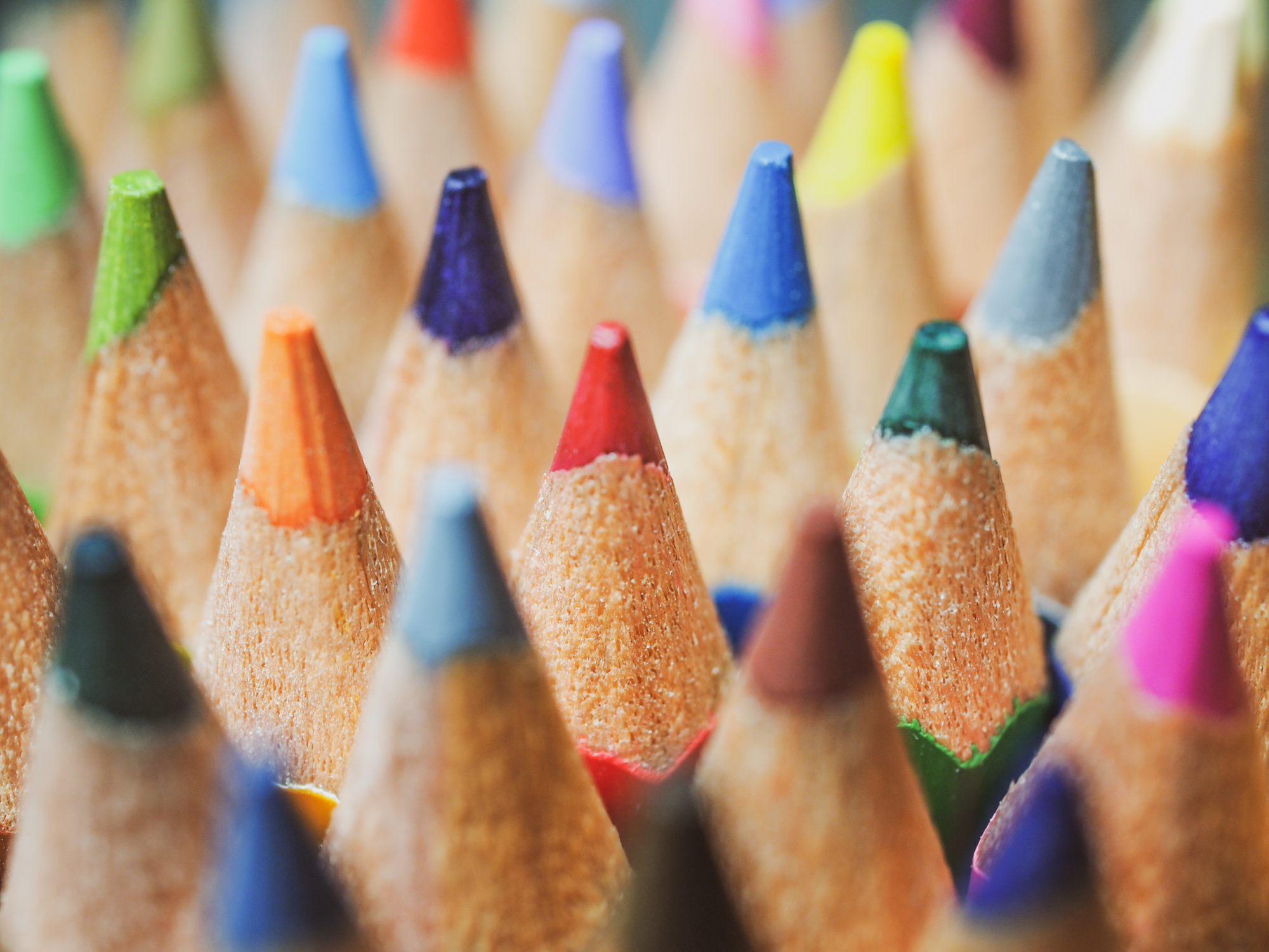 Colored pencils by using macro lens